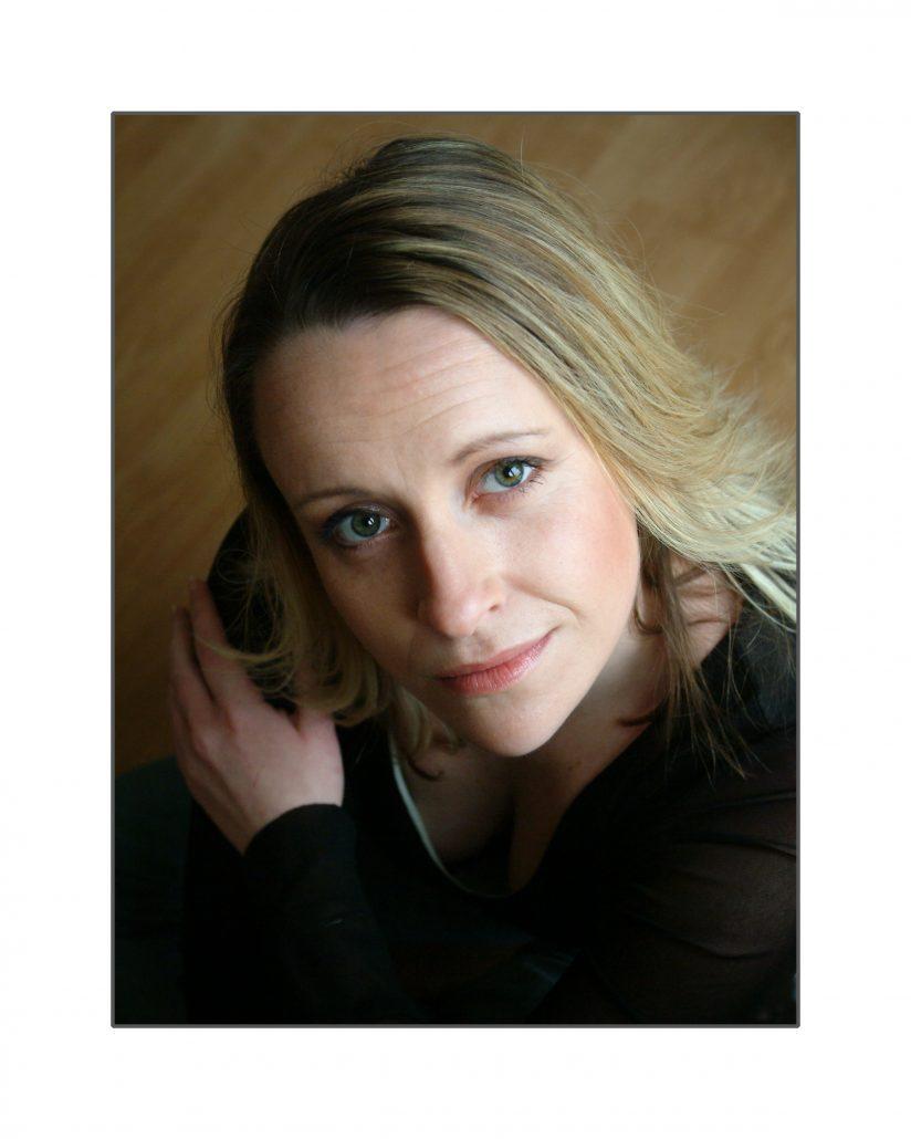 Photo of Carole Laine