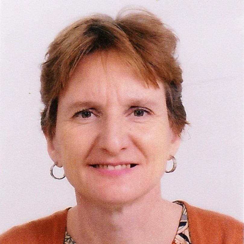 Headshot of Rachel Barber